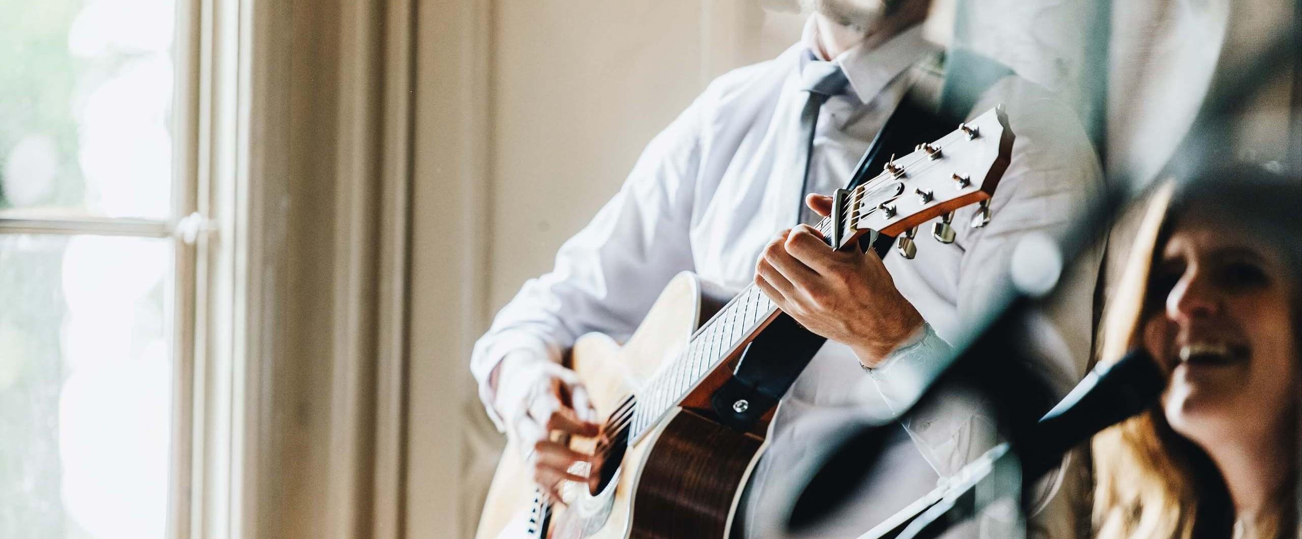 Trouwdag Muziek Op Jullie Dag